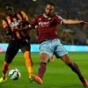 Hull, West Ham share spoils
