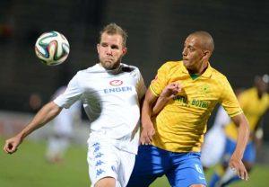 jeremy-brockie-and-wayne-arendse-supersport-united