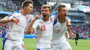 czech-republic-tomas-necid-goal-celeb-milan-skoda-ladislav-krejci-croatia-euro_3485952